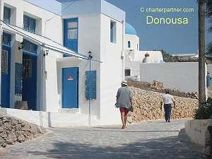 Donousa market Kykladen Yachtcharter segeln hafen Donousa