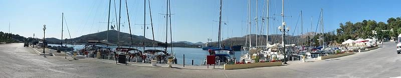 Leros Lakki a stop for sailors with good mooring and maintenance, as well for charteryachts possible
