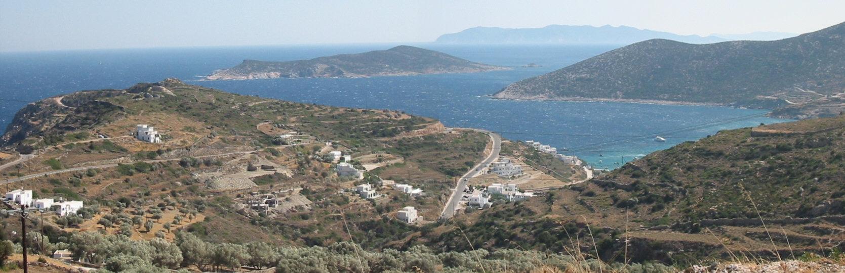 Sifnos Südosten Bucht Blick auf Milos im Hintergrund