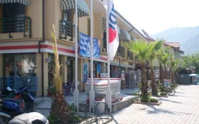 Supermarket Tansas Goecek close to Skopea Marina for shopping Yachtcharterer´s supermarket